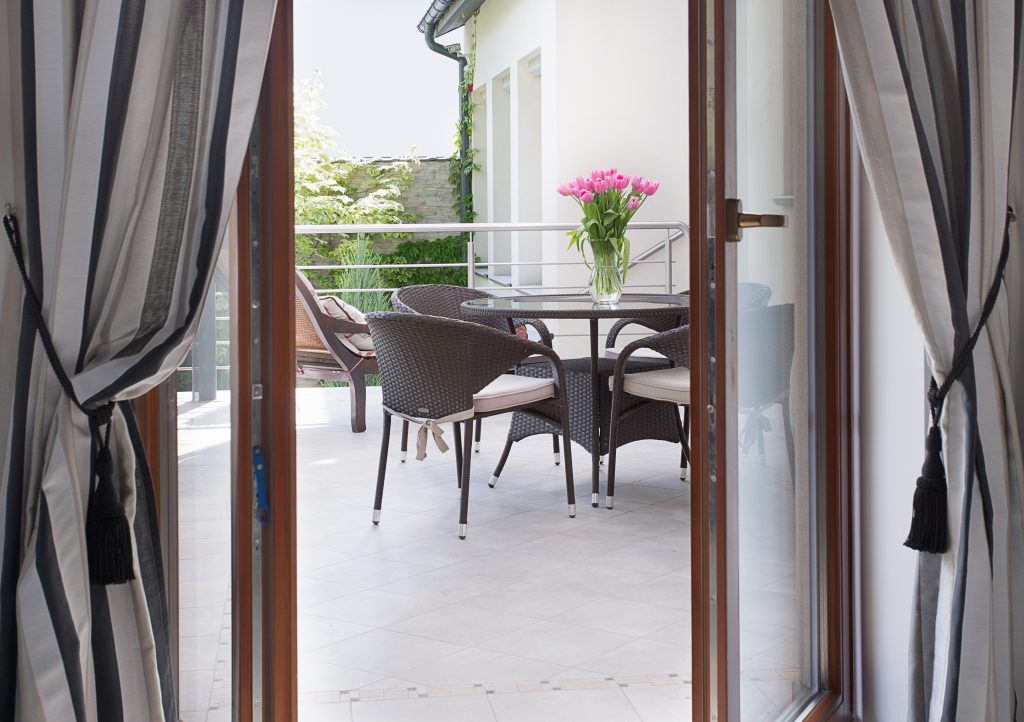 Online Patio Door Quote Hertfordshire